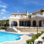 Гигант в сфере недвижимости Северного Кипра