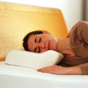 Преимущества ортопедических подушек