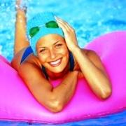 """Аквааэробика – вид спорта """"2 в 1"""": и тренировка, и массаж"""