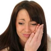 Способы лечения боли и кровоточивости десен